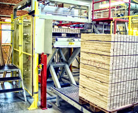 Scissor lift in production line